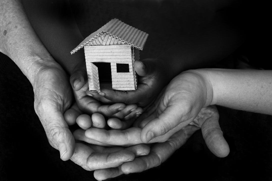 Homeownership-hands